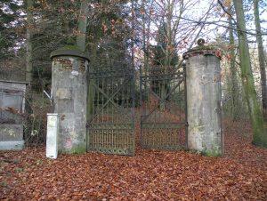 Brána k zámečku Hochperk, 18.11.2016