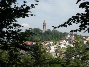 město Štramberk, v pozadí věž Trúba, srpen 2011